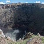 Trekking up Vesuvius