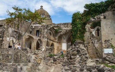 Ruins in Aragonese Castle