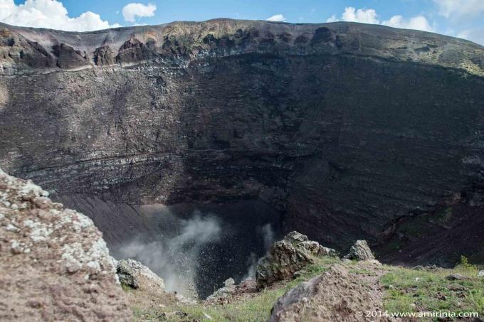Trekking up Vesuvius