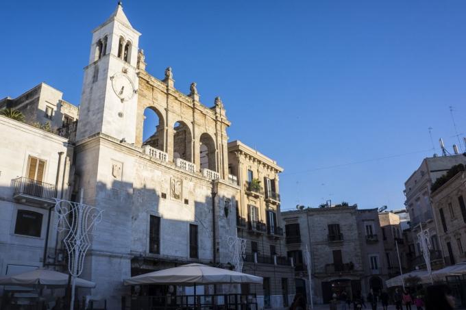A Glimpse of Bari in Puglia